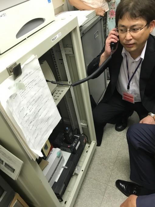 防災課長による移動系防災無線の点検